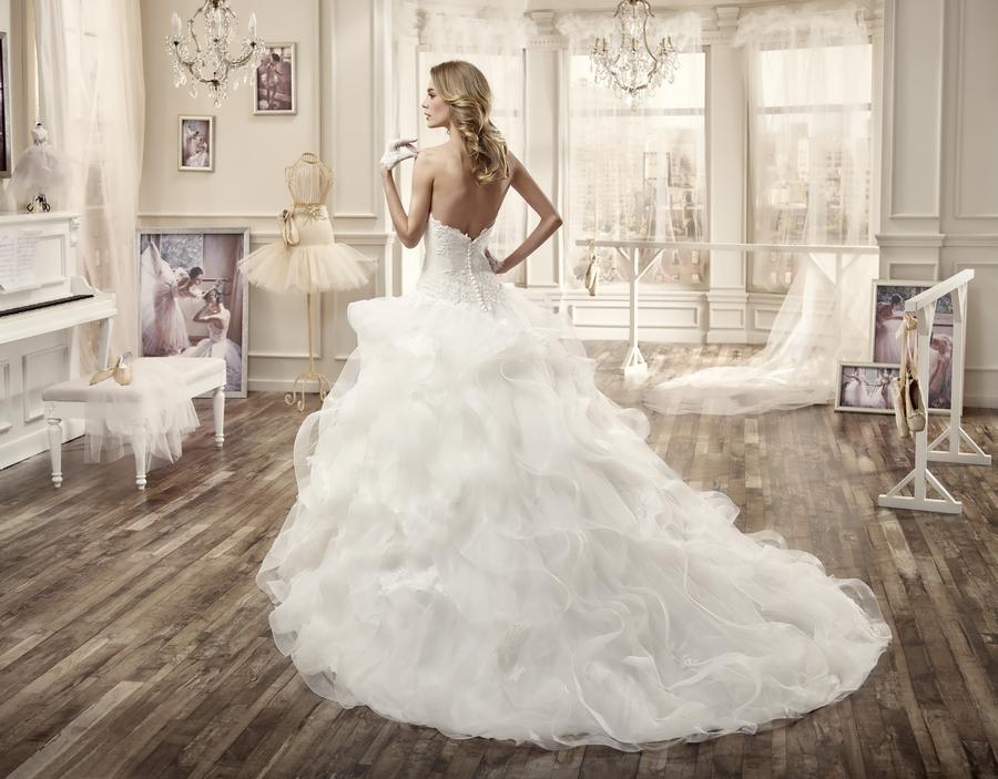 Nicole 16081 abiti da sposa il giardino della sposa - Il giardino della sposa ...