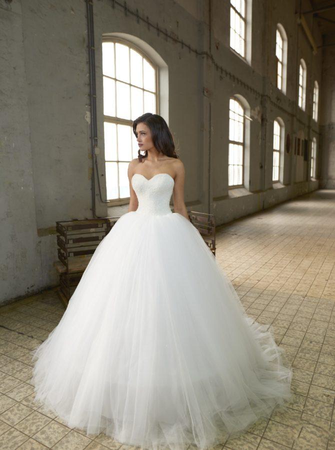 Crystalline bridals adara abiti da sposa il giardino della sposa - Il giardino della sposa ...