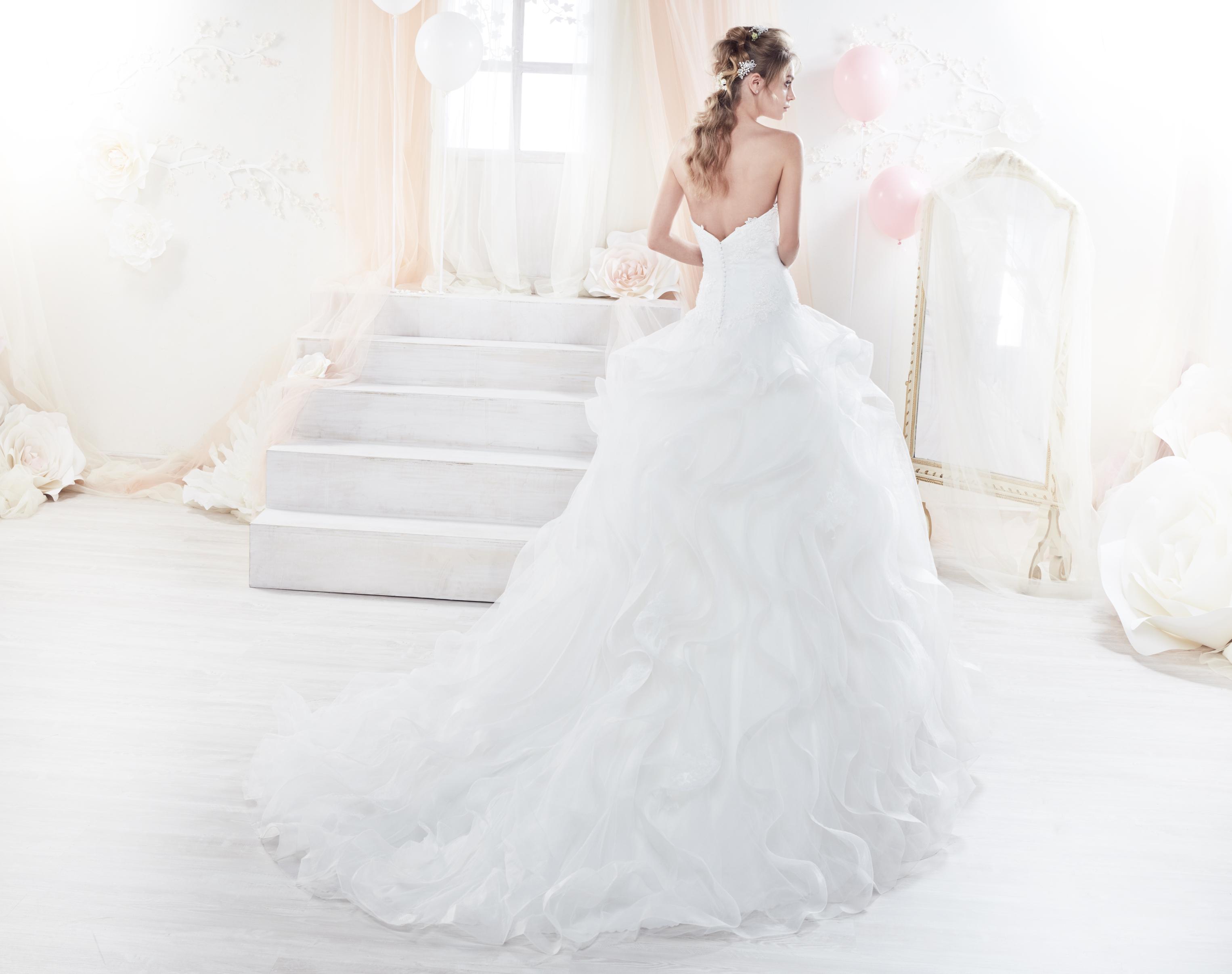 Colet 18281 abiti da sposa il giardino della sposa - Il giardino della sposa ...