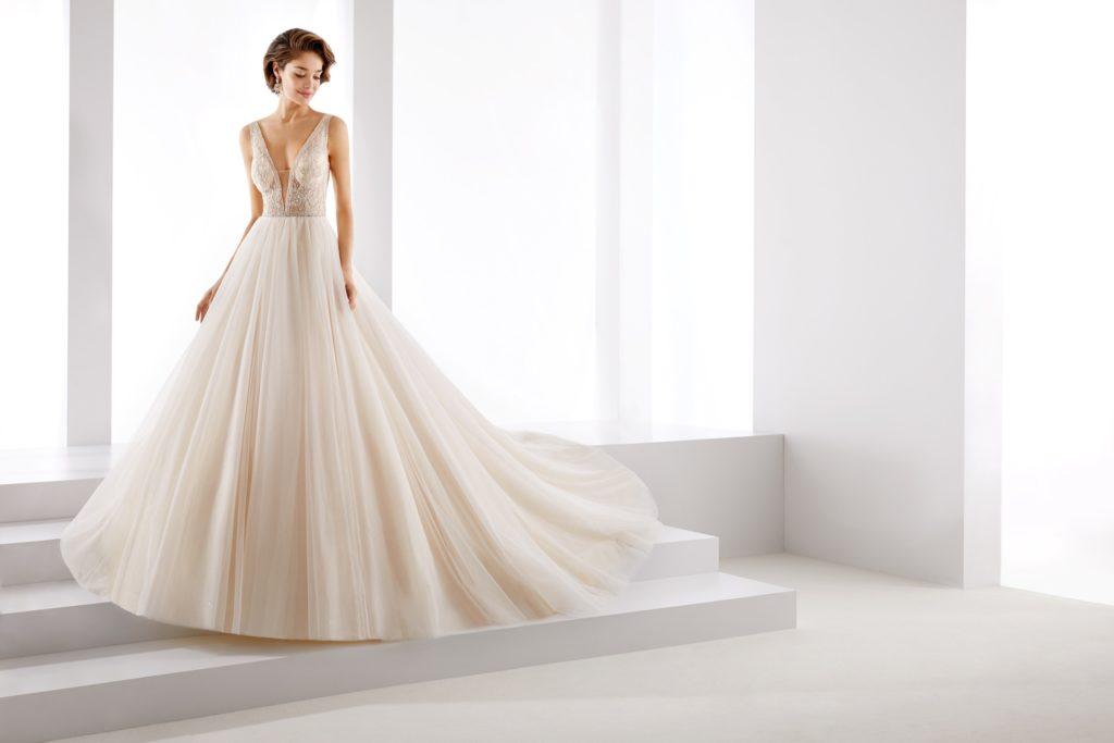 Abito da sposa dalla linea a principessa in tulle e pizzo il giardino della sposa - Il giardino della sposa ...
