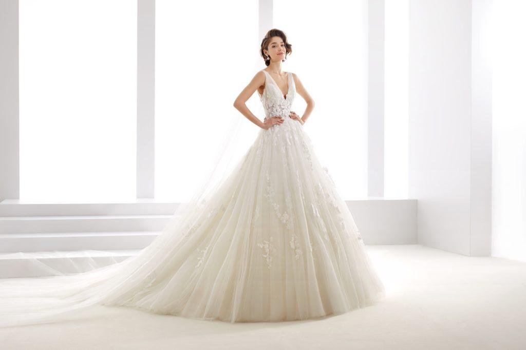 Abito da sposa modello principesco in tulle glitter e - Il giardino della sposa ...
